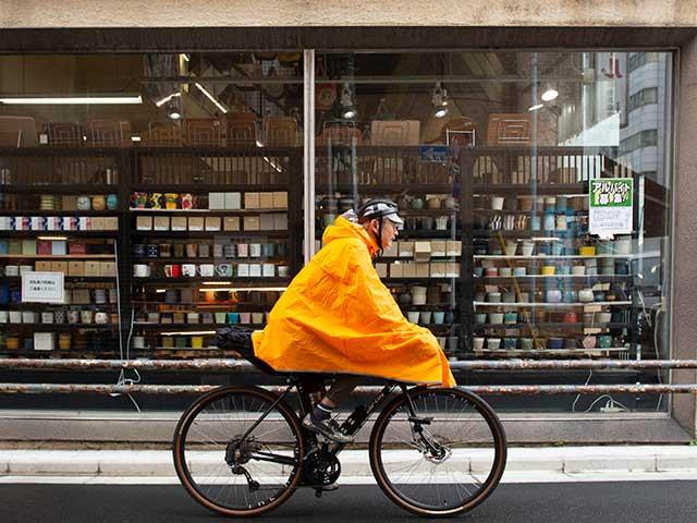 【サイクルレインポンチョ】蒸れにくい ベンチレーション 真夏も快適 着脱式フード 自転車 アウトドア No.2171