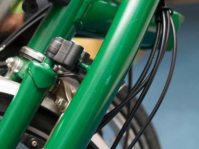 【BPステムパッド】ブロンプトン用 ステムカバー 横倒しからフレームを保護 傷付き防止  No.5105 日本製